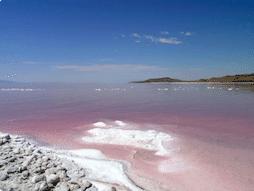 Picture of the Great Salt Lake in Utah