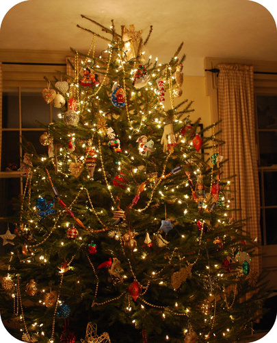 Christmas tree lights are good examples of parallel and series circuits