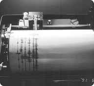 Picture of a seismograph