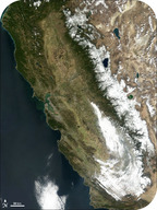Image of the Sierra Nevada Mountains, a line of uplifted batholiths from Mesozoic subduction