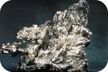 Elemental solid silver