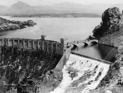 The Theodore Roosevelt Dam in 1915.