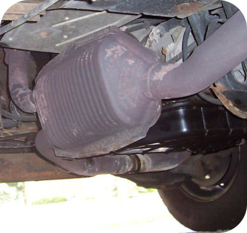 Picture of a catalytic converter on a car