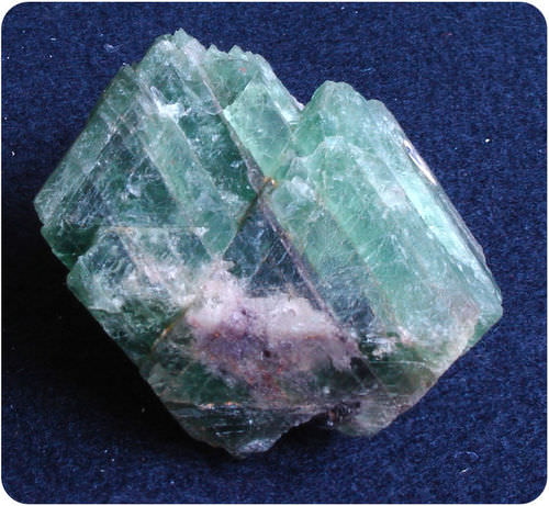 Fluorite has octahedral cleavage