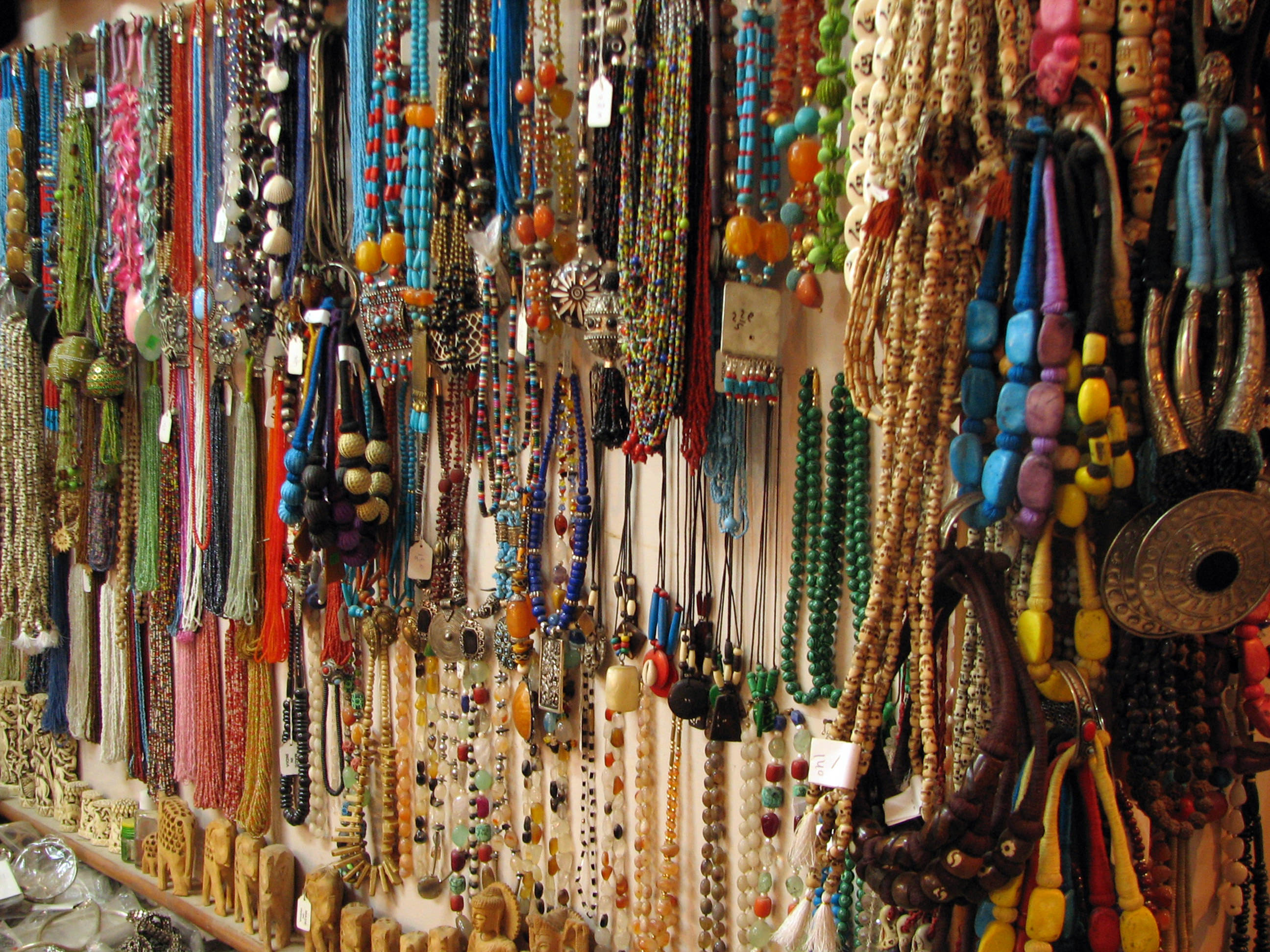 750765 1438328946 59 50 india   rishikesh   025   a rainbow of necklaces for sale %282097592556%29