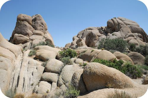 Joints in rocks at Joshua Tree National Park, in California