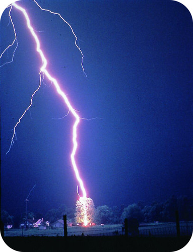 Photograph of a lightning strike